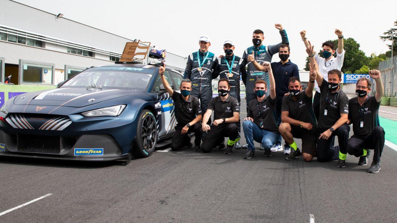 Cupra wygrała pierwsze zawody aut elektrycznych PURE ETCR