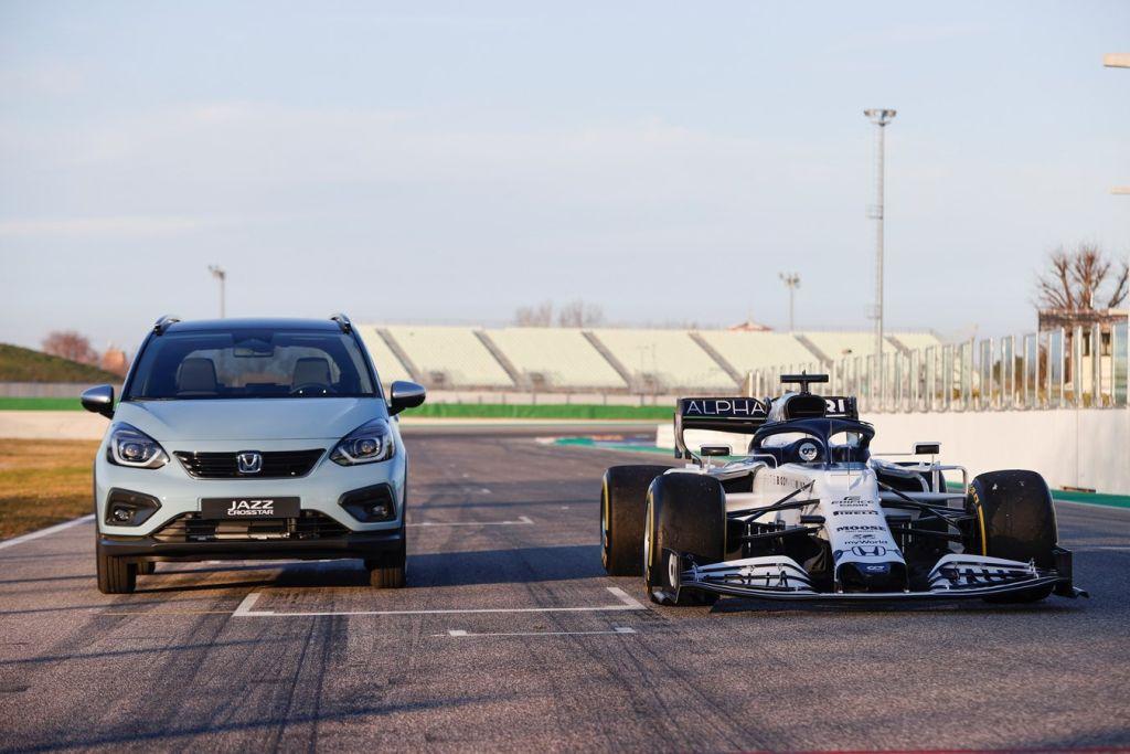 Dwa wyścigi, jedno serce. Co samochody Hondy mają wspólnego z bolidami Formuły 1?