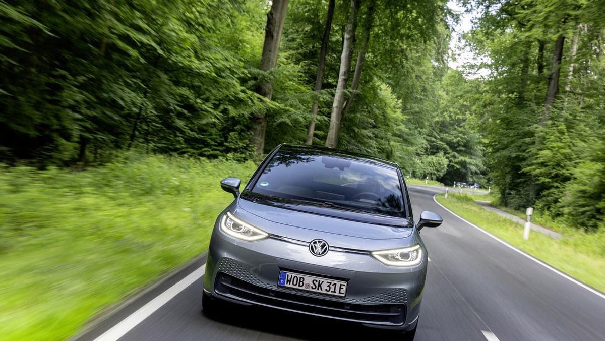 Volkswagen posadzi ponad 8 hektarów lasów w Polsce