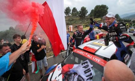 Kajetanowicz i Szczepaniak nowymi liderami WRC 3