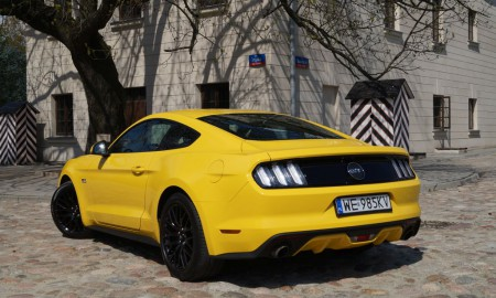 Ford Mustang GT - Prawdziwy brutal