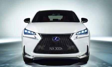 Będzie nowy crossover Lexusa!