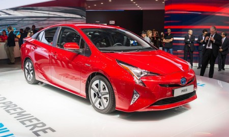 Toyota Prius 2016 w wersji sport i 4x4