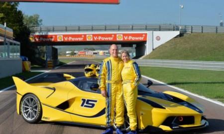 Ferrari FXX K na urodziny żony
