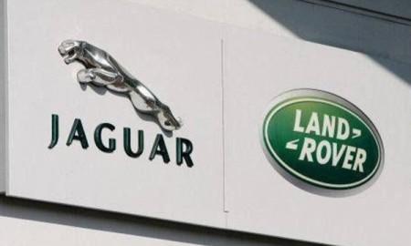 Jaguar jednak ominął Polskę