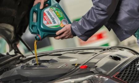 Odpowiedni olej – sposób na zużycie silnika