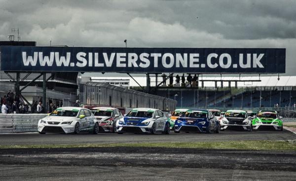 Seat Leon Eurocup na Silverstone