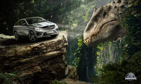 Mercedes i dinozaury