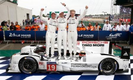 Ekipa Porsche triumfuje w Le Mans
