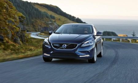 Volvo tylko z własnymi silnikami