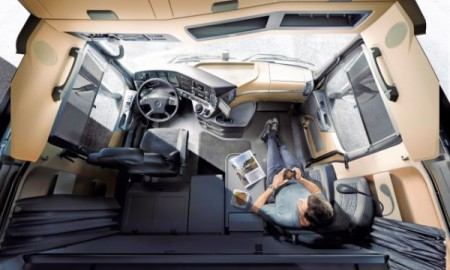 Kierowco TIR-a, śpisz w kabinie pojazdu?