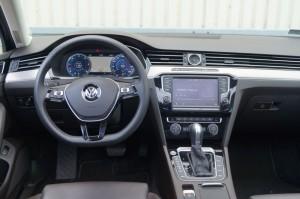 VW_Passat_Variant